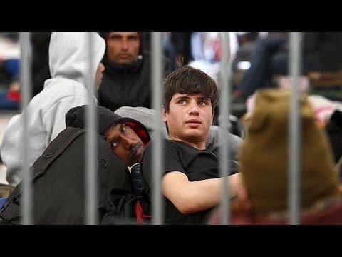 Αυστρία: Σχεδιάζει να χτίσει φράχτη για τον έλεγχο των μεταναστών