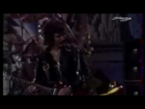 Black Sabbath - Killing Yourself To Live (Live Version) lyrics