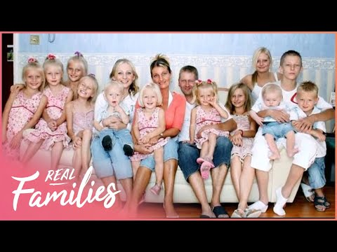 Family Of 12 Live Close To The Breadline | Big Families | Series 1 Episode 1