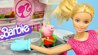 BARBIE Deluxe Kitchen Cooking with Peppa Pig - Play Doh Cookies & Pie Cocina Muñeca Barbie Bakery Life In The Dreamhouse Play Doh Cake Cookies and Playdoug...