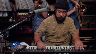Download lagu Mndsgn - Lather (Live at Red Gate) Mp3