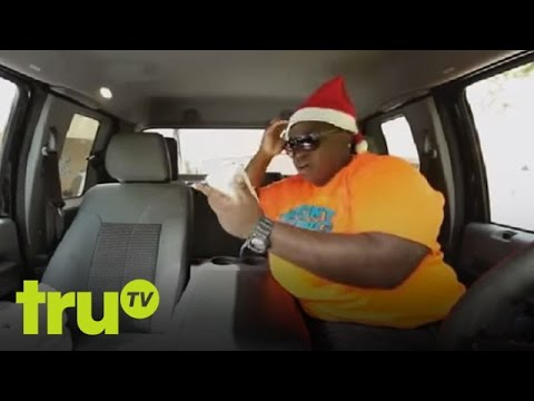 شاطى العرى - Subscribe to truTV for more! http://bit.ly/1db6UsP Bernice lays out one of her biggest foes yet! Check out new episodes of South Beach Tow on truTV. Plus, wa...