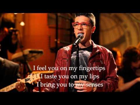 Tekst piosenki IL Volo - I Bring You To My Senses po polsku