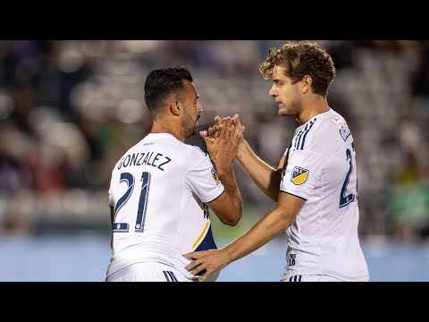 Video: GOAL: Giancarlo Gonzalez puts the LA Galaxy on the board with powerful header vs. Colorado Rapids