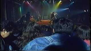 LOS PEORES DE CHILE - Chicholina (vivo)