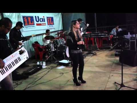 Aline di Paula - Show em Carmo do Rio Claro - Mg ( Flores em Vida )