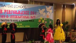 End Year Performance 2015 - Graduation & International Day