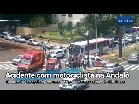 Acidente entre ônibus e moto na avenida Alberto Andaló