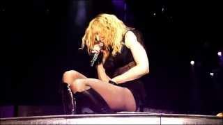 Video Madonna - Vogue (Sticky and Sweet Tour 2009, Belgrade) MP3, 3GP, MP4, WEBM, AVI, FLV Juli 2018