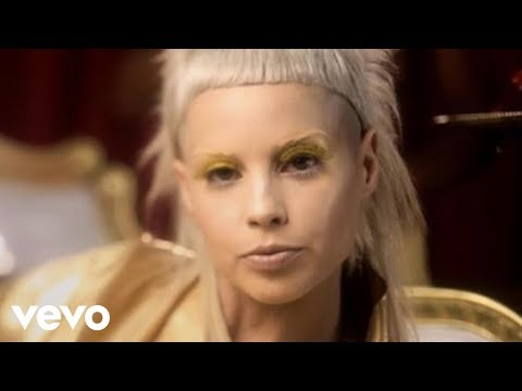 yo landi - Music video by Die Antwoord performing Rich Bitch. (C) 2011 Interscope Records.