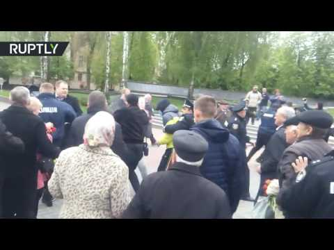 Нацики напали на пенсионеров, вышедших на празднование первомая в Виннице.
