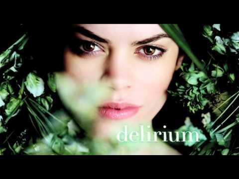 DELIRIUM Trilogy by Lauren Oliver