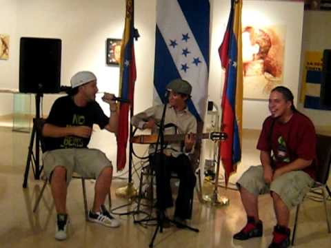 Pavel Núñez, Guancasco hondureño, y RebelDíaz en Nueva York