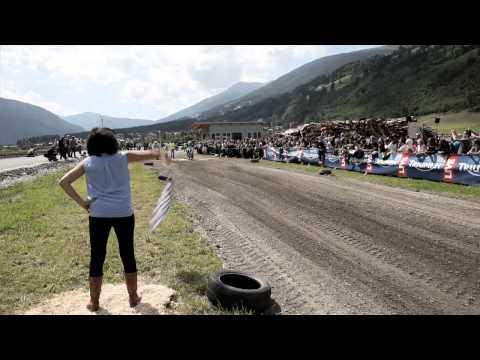 Vídeos de 'Triumph Tridays 2014: récord de participación'