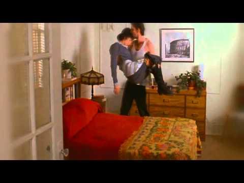 MOONSTRUCK 1987 - LORETTA & RONNY