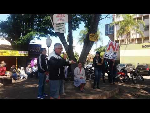 Greve contra as reformas trabalhista e previdenciária, em Assis.