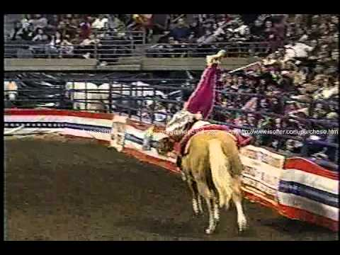 Trick Riding – Longhorn Rodeo shoulderstand.wmv