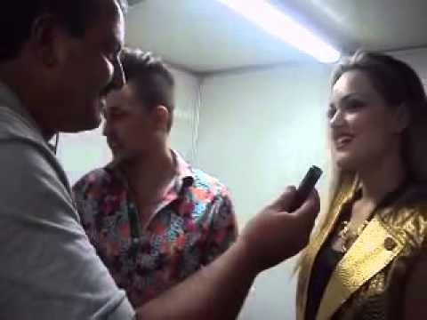 Adson e Alana - Festa da Uva em Mariopolis - PR Entrevista no Camarim