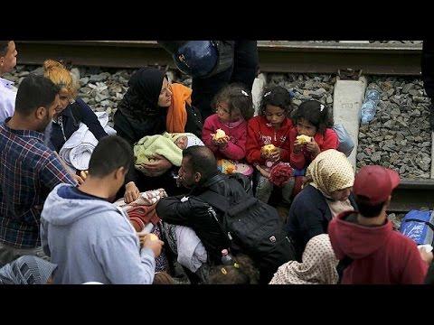 Κροατία: Χιλιάδες πρόσφυγες παλεύουν για μια θέση στο τρένο