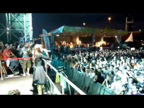 Steelfish ft Jenny Casparius pres Hot like fire @ Donauinselfest 2010 (MTV Stage)
