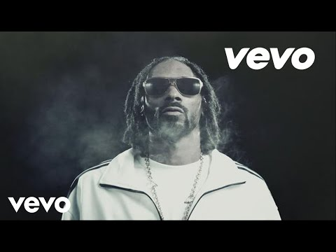 Snoop Lion – Ashtrays and Heartbreaks