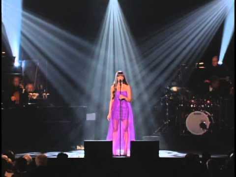 Leona Lewis – Somewhere @ MusiCares