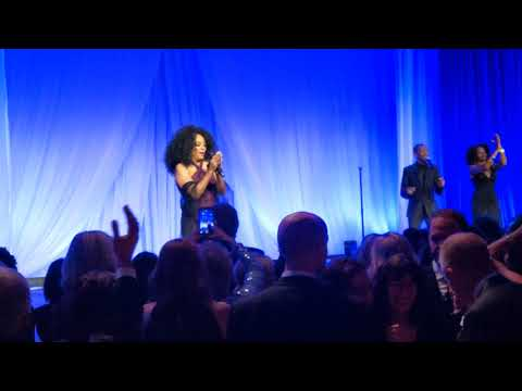 Diana Ross, Why Do Fools Fall In Love, Fred Hutch Gala 02, Seattle, 2019-12-07