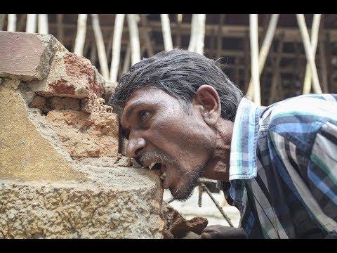 ადამიანი რომელიც მხოლოდ ქვებით იკვებება - ყველაზე უცნაური ადამიანი  (ვიდეო)