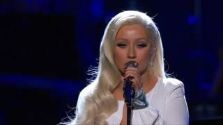 Christina Aguilera - Stormy Weather - Taking The Stage