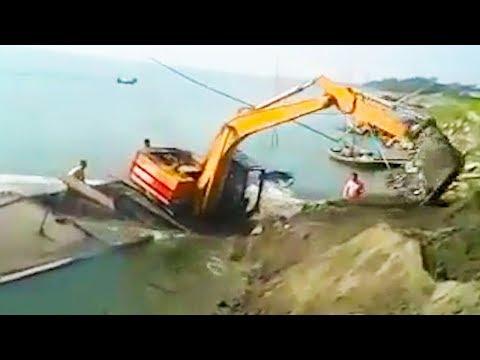 Ozzy Man Reviews: Excavator Fail