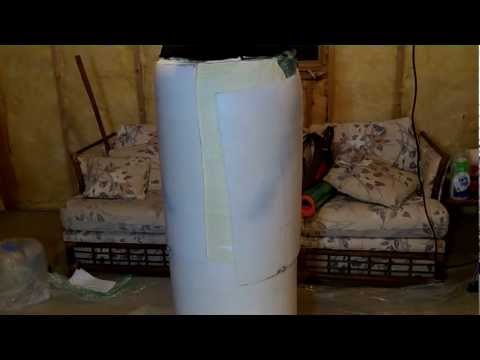 Expanding Foam Encasement [bondage] in a Barrel (видео)