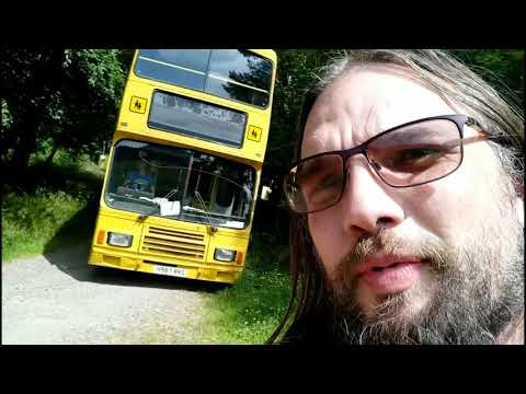 Shitefest 2018 - Bus greenlaning, dreadful cars.