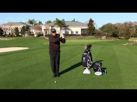 Video Golf Tips from the ANNIKA Academy – Feet Together Drill