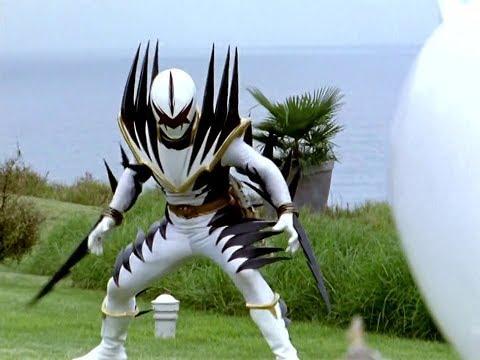 Power Ranger Dino Trueno   Trent vs Ranger Blanco Malvado (видео)