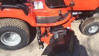 7. 2019 Simplicity Broadmoor 25/48 fab deck lawn tractor
