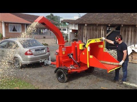 Picador / triturador de troncos e galhos Lippel - PDU 250G