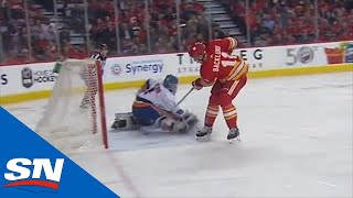 Michael Frolik's Slick Pass & Mikael Backlund's Quick Deke Get Flames On The Board by Sportsnet Canada