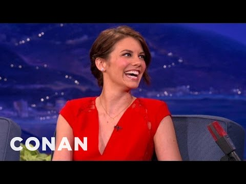 Lauren Cohan Used To Practice Rolling Joints With Green Tea