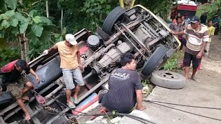 Video truck derek Super kuat - Tanjakan Kali Jirak MP3, 3GP, MP4, WEBM, AVI, FLV Oktober 2018