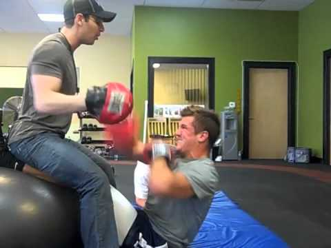 Aaron Rodgers & Jordan Rodgers - Off Season Workout video.