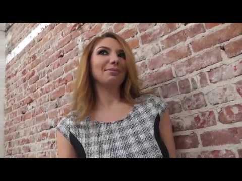 Interview with  Kiki Daire (видео)
