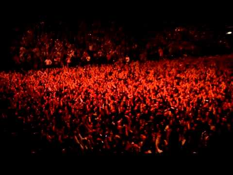 Led Zeppelin - Whole Lotta Love - Celebration Day - (crowd teaser)