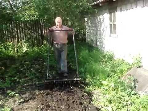 Видео как копать чудо лопатой