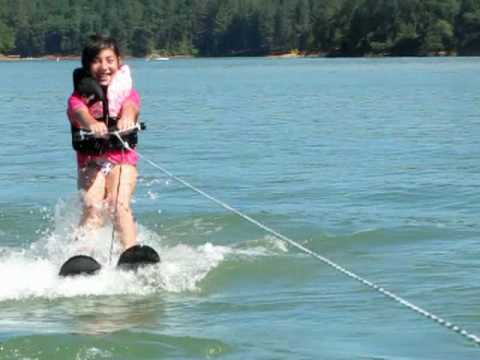 rachel learning to water ski for the 1st time
