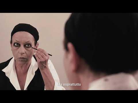 Giuliana Musso - La Scimmia. Anteprima   Pergine Festival Promo видео