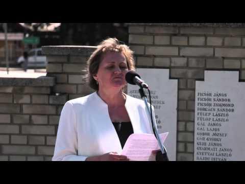 Emlékezés a hevesi zsidóság tragédiájára 402 név a táblákon