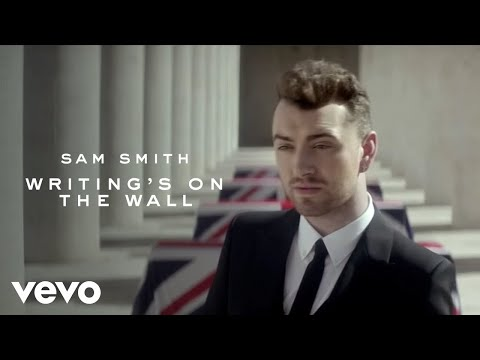 "Sam Smith divulga clipe de ""Writing's On The Wall"""