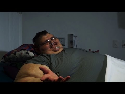 One big resolution: world's fattest man aims for half