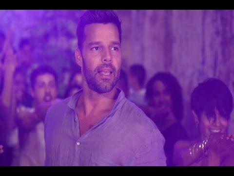 Primeras imágenes de 'La Mordidita' de Ricky Martin
