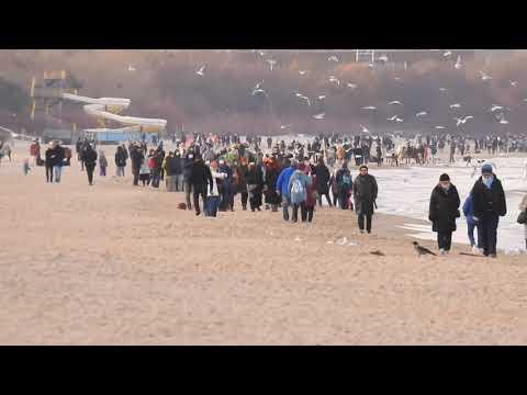 Sporo ludzi na gdańskich plażach.